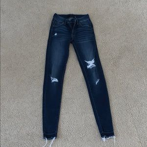 Soft and comfortable skinny jeans